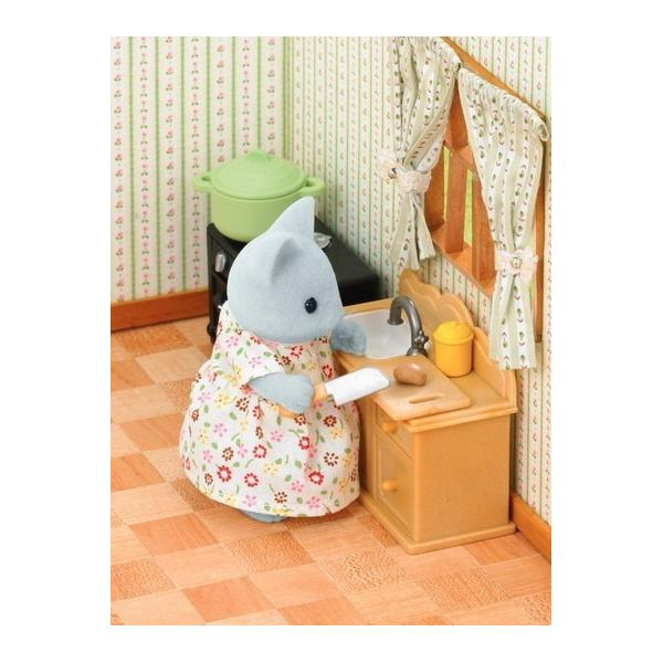 Country Kitchen Set (With Cat Mother) Sylvanian Families